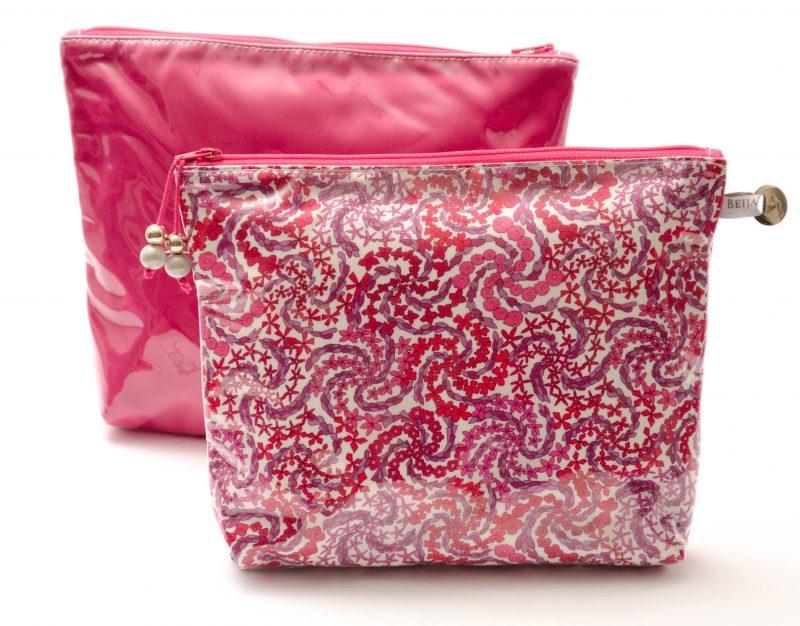 pochette-plastifiée-tissu liberty-doublée-artisanat- fait main- fabriquée en France mayfair-rose-imperméable