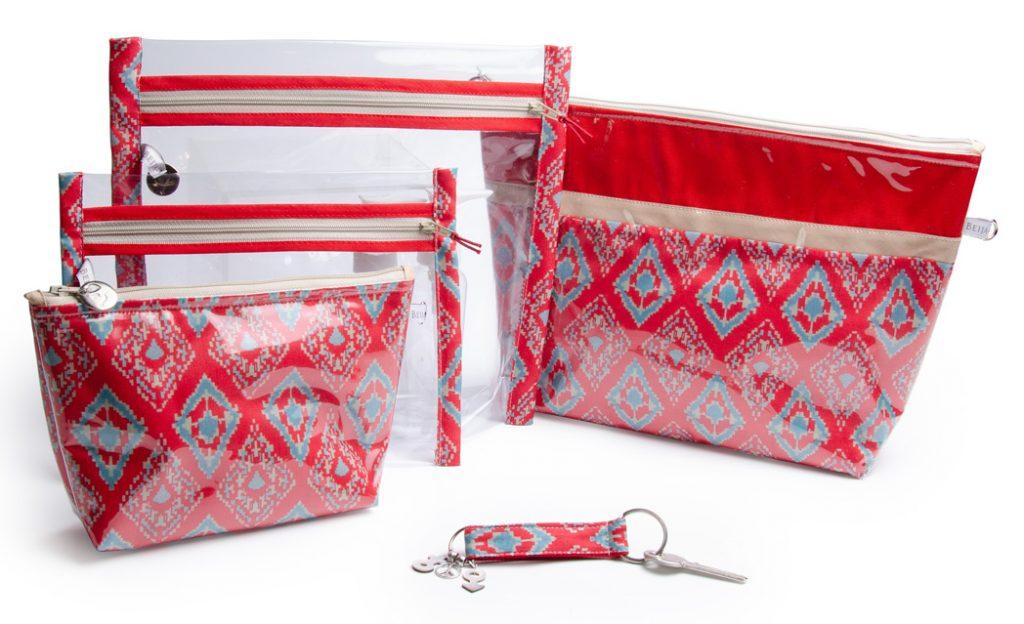 collection-pochettes-trousse-plastifiée-transparente- doublée-Batik-tissu indien-artisanat-fait main-fabrication française-Delhi-rouge