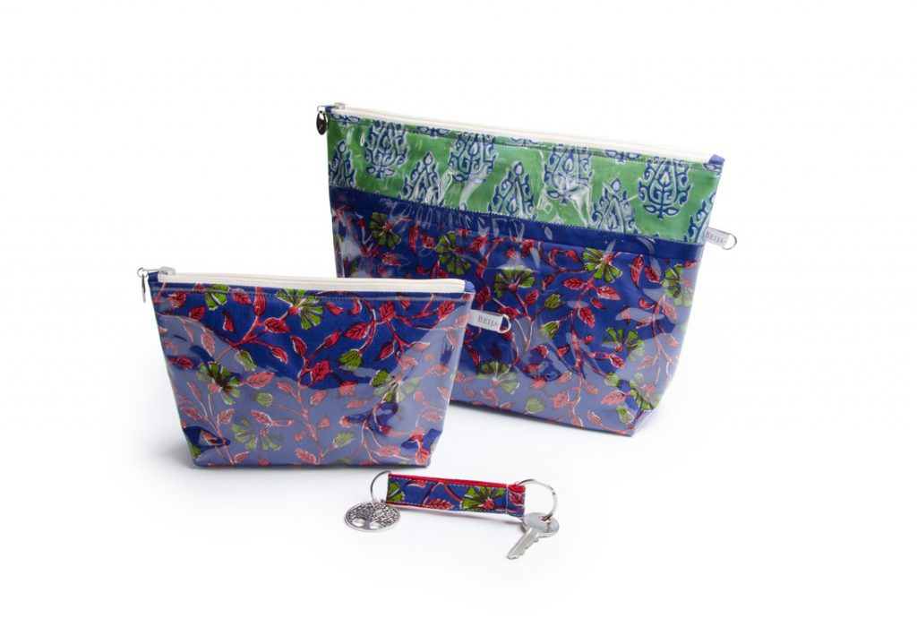 collection-pochettes-trousse-plastifiée-transparente- doublée-Batik-tissu indien-artisanat-fait main-fabrication française-Bengale violet vert