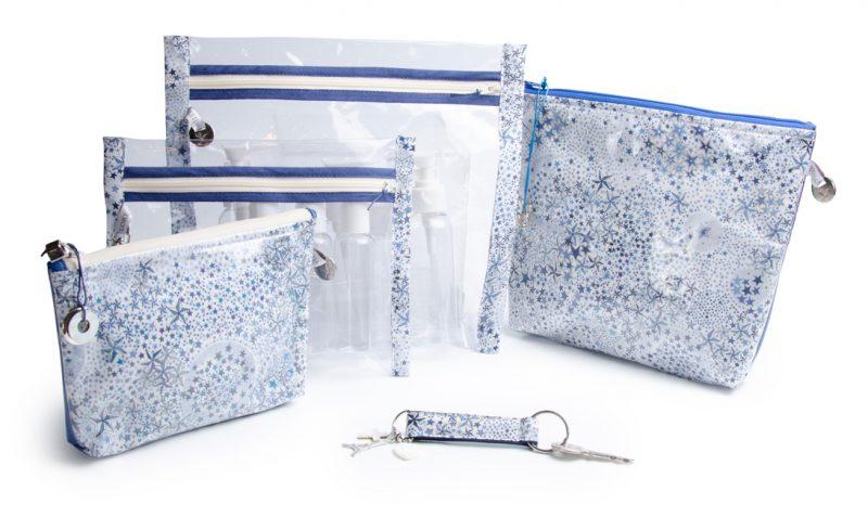 collection-pochettes-trousse-plastifiée-transparente- doublé-tissu Liberty of London-artisanat-fait main-fabrication française-imperméable-plage-Chelsea- étoiles bleues