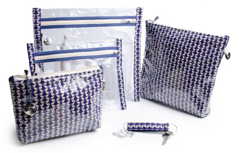 collection-pochette-trousse-plastifiée-transparente- doublée-tissu Liberty-artisanat-fait main-fabrication française-covent garden-bleu