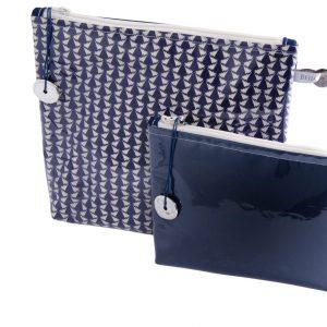 pochette-plastifiée-tissu liberty-doublée-artisanat- fait main- fabriquée en France- Covent garden-imperméable